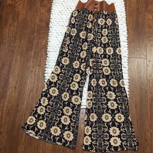 Pants - Palazzo pants with faux leather corset waist